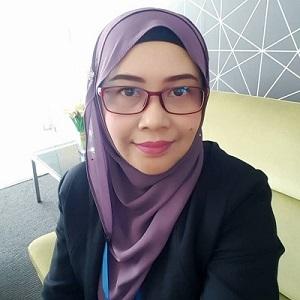 Dr Nor Azura Adzharuddin